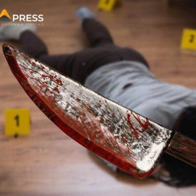 Мужчина нанес тяжелые ножевые ранения 19-летней сестре супруги в Алматинской области